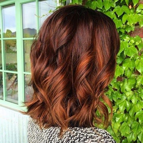 60 Brilliant Brown Hair mit roten Highlights